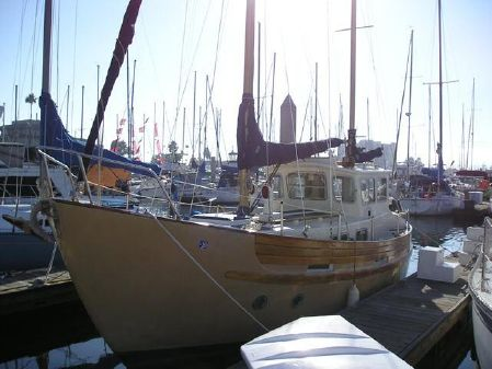 Fisher 30 MS Pilothouse Ketch image
