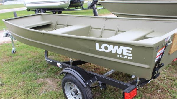 Lowe 1240