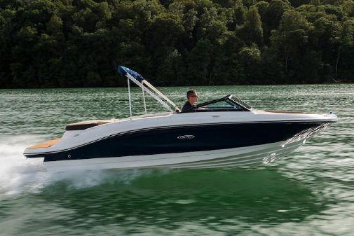 Sea Ray SPX 210 image