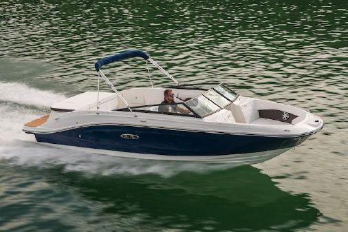 Sea Ray SPX 230 image
