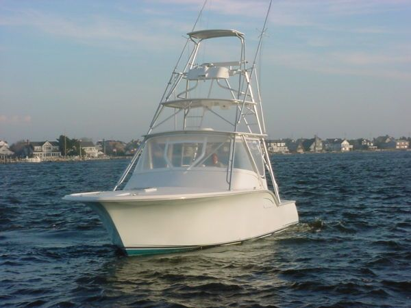 2008 SeaTek Boat Works, LLC, 36 Seaview Express Sell Brokerage