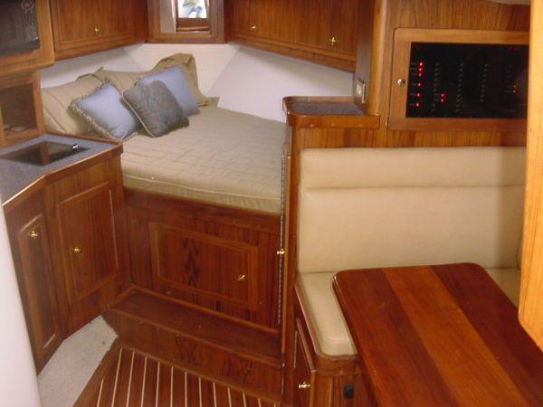 2008 SeaTek Boat Works, LLC, 36 Seaview Express Sell New England