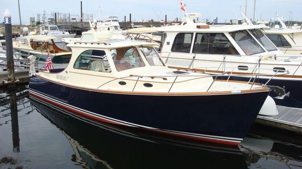 Hinckley Picnic Boat MKIII Chaser