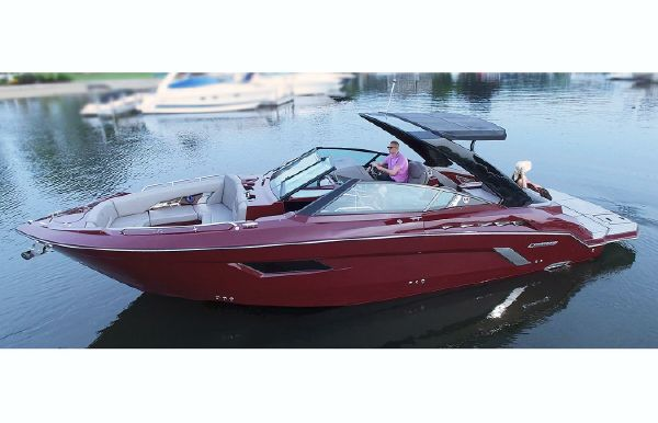 2019 Cruisers Sport Series 338 Bow Rider Palm Beach Edition