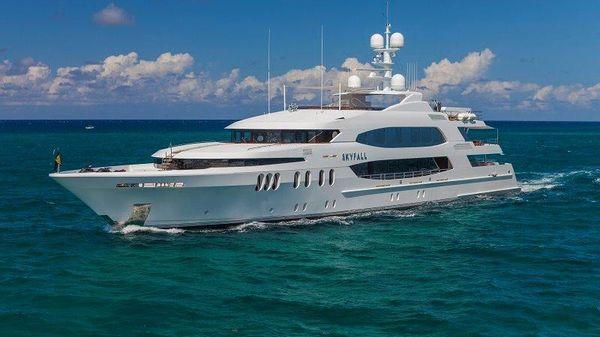 TRINITY 2010 TRINITY Motor Yacht