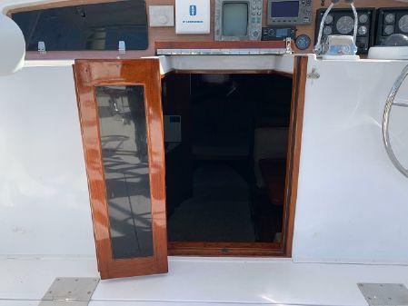 Topaz 36 Custom Express Sportfisherman image