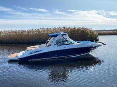 2016 Sea Ray<span>300 SLX</span>