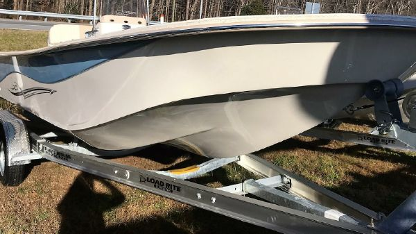 Carolina Skiff 238 DLV