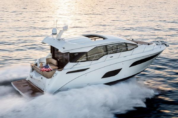 Sea Ray Sundancer 460 - main image