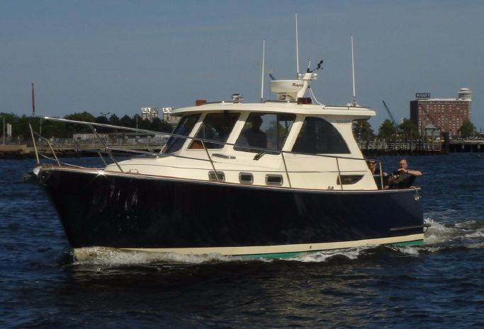 2008 Legacy Yachts 32