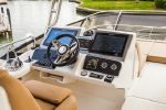 Sea Ray L590 Flyimage