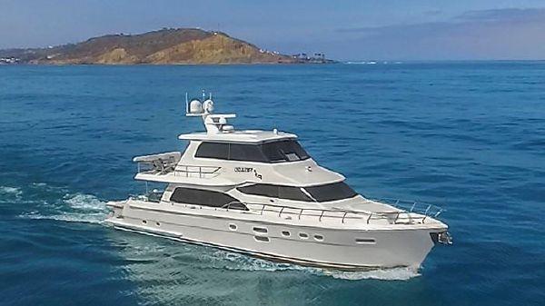 Hampton 76' Skylounge Motoryacht