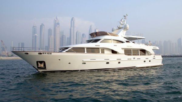 Benetti Tradition 100ft