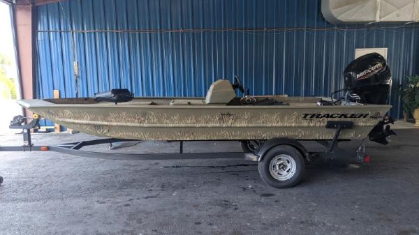 Tracker Grizzly 1754 SC All-Welded