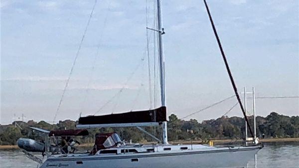 Catalina 42' 3-Cabin