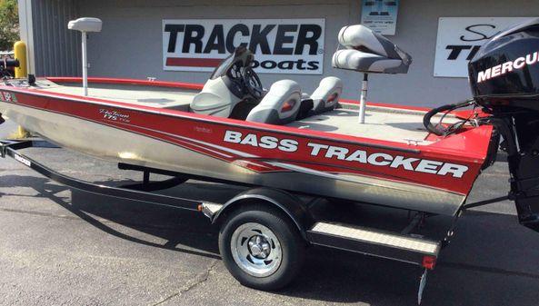Tracker PT 175 TXW image