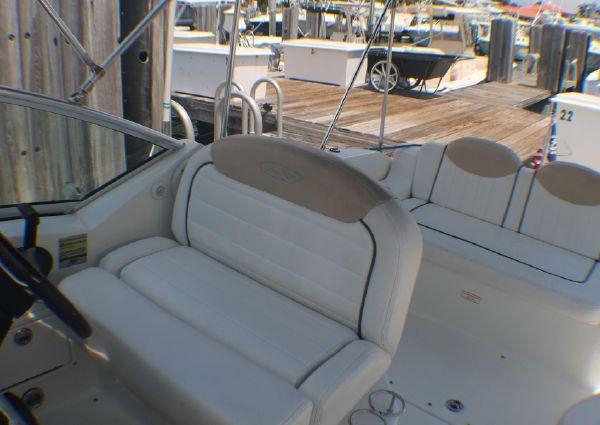 Sea Ray 240 Sundancer image