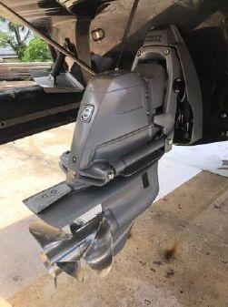 Cruisers Sport Series 278 Bow Rider image