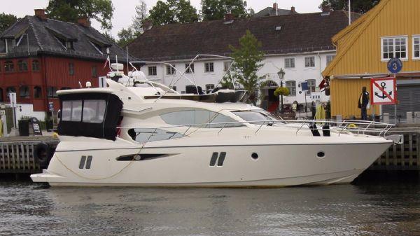 Pearl Yachts 50