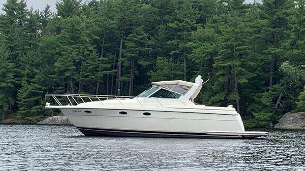 Tiara Yachts 3500 Express