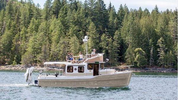 Ranger Tugs R-31 CB