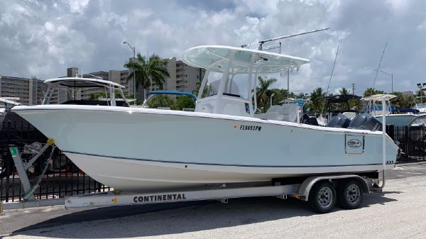Sea Hunt 25 CC