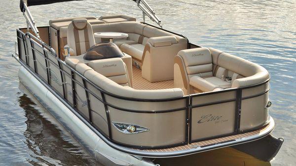 Bentley Pontoons 220 Elite Admiral Manufacturer Provided Image