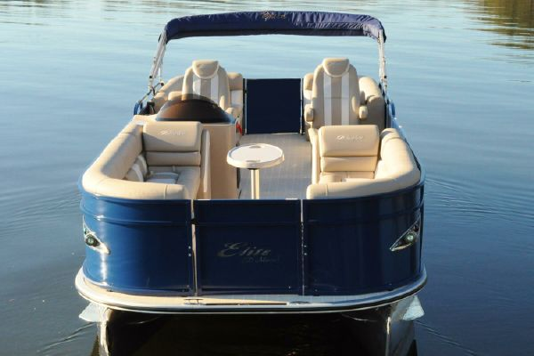 Bentley Pontoons 253 Elite Admiral - main image