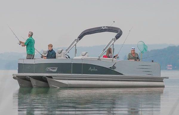 2018 Avalon Catalina Quad Fish - 25'