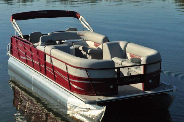 Bentley Pontoons 240 Fish n' Cruise - main image