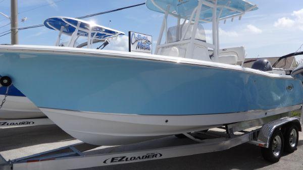Sea Hunt 225 Ultra