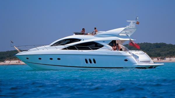 Sunseeker Manhattan 60 Manufacturer Provided Image: Manhattan 60
