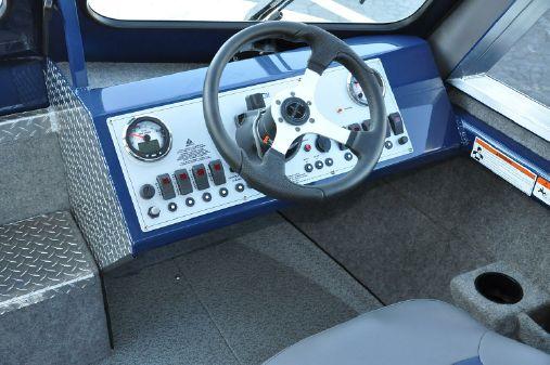 Thunder Jet 23 Yukon Classic image