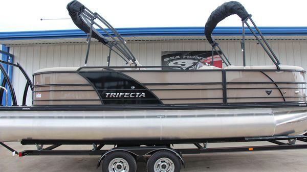 Trifecta 23RF Tri-Toon