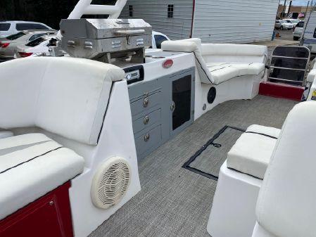 Caravelle RAZOR image