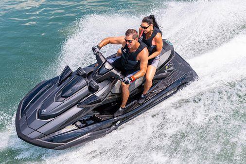 Yamaha WaveRunner FX Cruiser SVHO image
