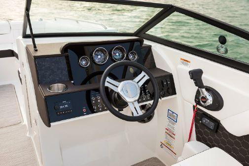 Sea Ray SDX 270 Outboard image