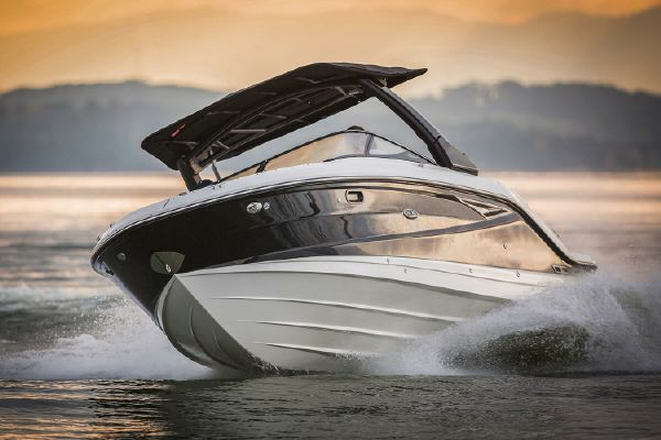 Sea Ray SLX 280 - main image