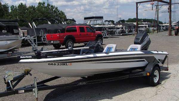 Astro Boats 1700 Fish