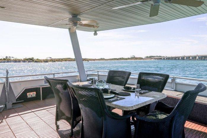 2005 Sumerset 90 Houseboat Buy Broker