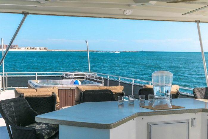 2005 Sumerset 90 Houseboat Buy Sell