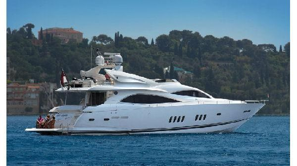 Sunseeker 90 Yacht Manufacturer Provided Image