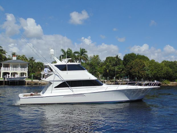 2004 Viking 65 Enclosed