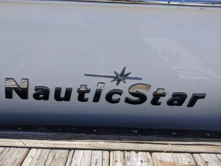 NauticStar 28XS image
