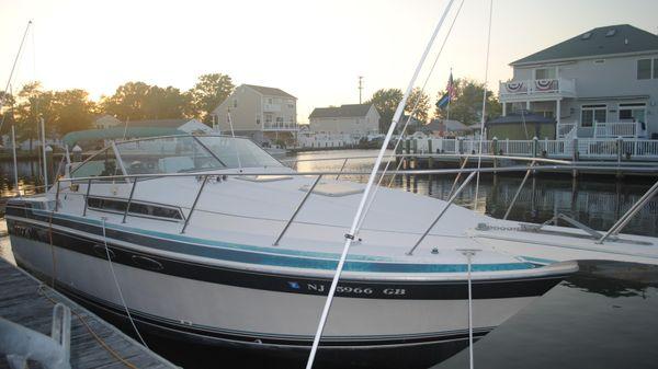 Wellcraft 3200 ST. TROPEZ Starboard