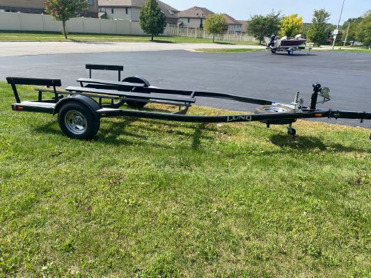Trailer EZ Loader Bunk Trailer 20' - main image