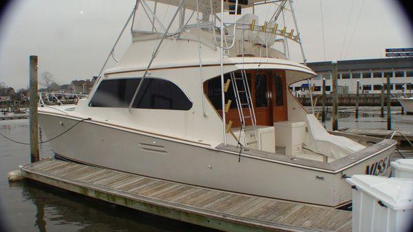 Post Sport Fisherman Port