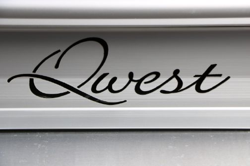 Qwest LS 822 Splash Pad image