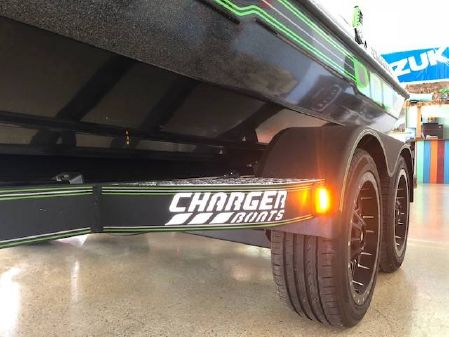Charger Boats 210 Elite image