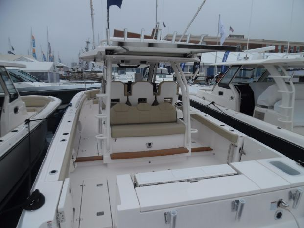 2019 Pursuit S 368 Sport Barrington, Rhode Island - Striper